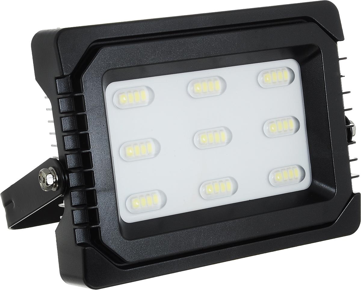 Прожектор Navigator NFL-P-30-6,5K-IP65-LED, светодиодный4670004719831Прожектор Navigator NFL-P-30-6,5K-IP65-LED используется для освещения предметов и объектов, удаленных на расстояния, многократно превышающие размер самого прибора. Прожекторы общего назначения применяются при освещении рабочих периметров, открытых территорий, зданий и памятников.Мощность: 30 Вт.Световой поток: 2300 лм.Цветовая температура: 6500 К.Индекс цветопередачи: >75.Степень защиты: IP65.Напряжение: 220-240 В.Частота: 50/60 Гц.Сила тока: 0,13 А.Коэффициент мощности: >0,9.Температура эксплуатации: от -40 до +40°C.Срок службы: 40 000 ч.