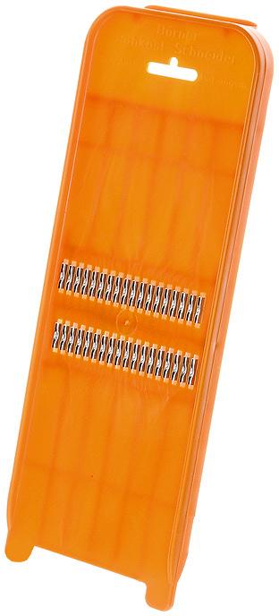 Роко-терка Borner Classic для корейской моркови, цвет: оранжевый 110110Овощерезка Borner Poko будет отличным помощником на вашей кухне, особенно для любителей моркови по-корейски. Эта овощерезка имеет ударопрочный пластмассовый корпус с острыми нержавеющими ножами, заточенными с двух сторон.Виды нарезки:тонкая длинная соломка из овощей;тонкая короткая соломка;мелкая крошка;мелкая стружка. Характеристики: Материал: пластик, металл. Цвет: оранжевый. Размер: 31,7 см х 10,3 см х 2,2 см. Размер упаковки: 33 см х 9,5 см х 3 см. Производитель: Германия.