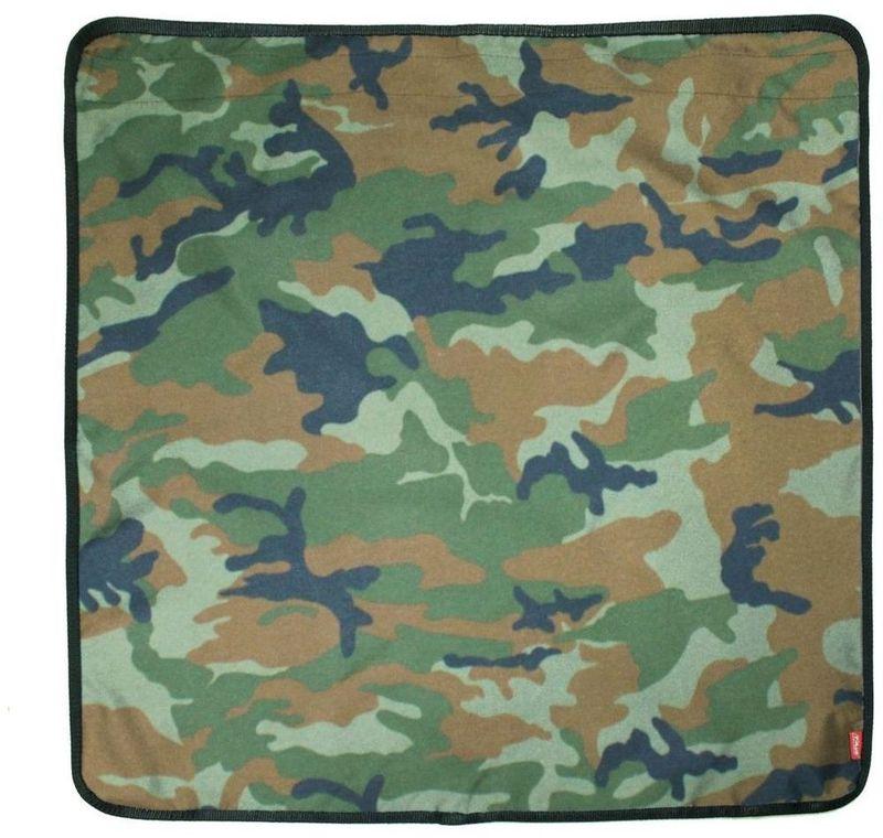 Фартук на бампер Tplus, цвет: нато, 80 х 80 смT007248Материал: оксфорд пл 600. Цвет: нато. Способ крепления: липучка.