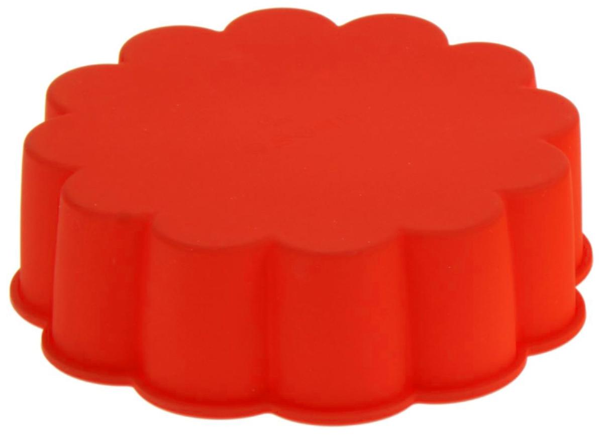 Форма для выпечки Доляна Цветок, силиконовая, цвет: красный, диаметр 19 см1000340_красныйФорма Доляна Цветок, выполненная из силикона,будет отличным выбором для всех любителей домашнейвыпечки. Силиконовые формы для выпечки имеют множествопреимуществ по сравнению с традиционнымиметаллическими формами и противнями. Нет необходимостисмазывать форму маслом. Форма быстро нагревается,равномерно пропекает, не допускает подгорания выпечки скраев или снизу. Вынимать продукты из формы очень легко. Слегка вывернитекрая формы или оттяните в сторону, и ваша выпечка легковыскользнет из формы. Материал устойчив к фруктовым кислотам, не ржавеет, на немне образуются пятна. Форма может быть использована в духовках и микроволновыхпечах (выдерживает температуру от -40°С до +230°С), такжеее можно помещать в морозильную камеру и холодильник.Можно мыть в посудомоечной машине.Диаметр формы: 19 см.Высота формы: 6,2 см.