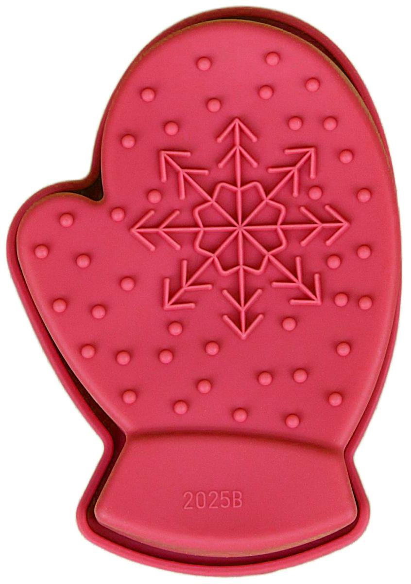 Форма для выпечки Доляна Новый год, цвет: красный, цвет: красный, 10 х 7 х 2,5 см1116695Форма Доляна Новый год выполнена из силикона, благодаря этому выпечкувынимать легко и просто. Материал устойчив к фруктовым кислотам, может бытьиспользован в духовках и микроволновых печах. Перед первым применениемпромойте предмет тёплой водой. В процессе приготовления используйте кухонный инструмент из дерева,пластика или силикона. Перед извлечением блюда из силиконовой формы дайте ему немного остыть,осторожно отогните края предмета. Готовьте с удовольствием!