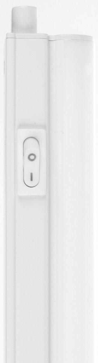 Светильник предназначен для подсветки внутренних пространств в жилых, офисных и коммерческих помещениях. Удобен в подключении и  применении. Степень защиты IP33 позволяет использовать светильник в помещениях с повышенной влажностью (в ванных комнатах, в  холодильных камерах, во встроенных и внешних шкафах, а также для подсветки кухонных рабочих поверхностей и проч.). Светильник оборудован  механическим выключателем на корпусе.  Изделие предназначено для работы в сети переменного тока с номинальным рабочим напряжением 180-260 В и частотой 50 Гц.  Данное изделие сертифицировано и соответствует требованиям нормативных документов.  Характеристики:  Коэффициент цветопередачи - Ra>80  Световой поток: 858 лм Цветовая температура: 4000 К Материал корпуса -  поликарбонат Гибкое или жесткое соединение в линию.