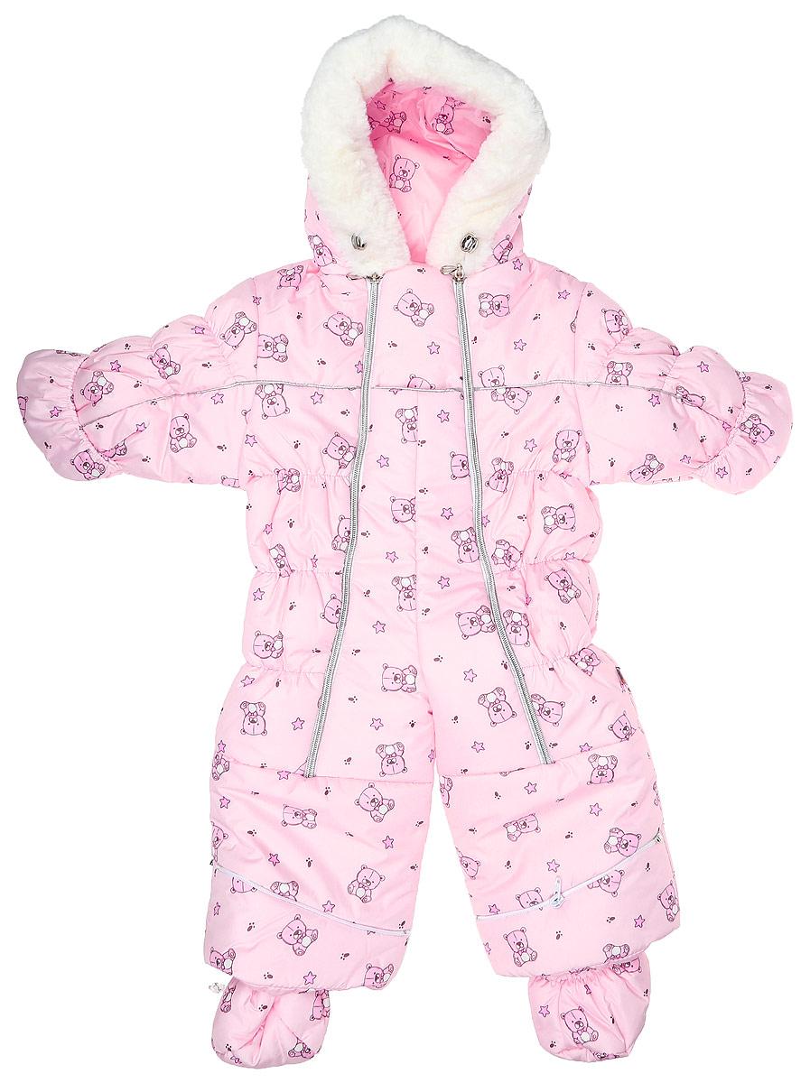 Комбинезон-трансформер детский Сонный Гномик Бамбино, цвет: розовый, 2802/40. Размер 742802/40Теплый комбинезон-трансформер Сонный Гномик изготовлен из полиэстера на мягкой текстильной подкладке. На модели предусмотрена съемная подстежка из натуральной овечьей шерсти. В качестве утеплителя используется синтепон, также изделие оснащено теплосберегающей мембраной Shelter Kids (200г/кв.м). Комбинезон-трансформер с капюшоном и длинными рукавами застегивается на две вертикальные молнии спереди по всей длине. Капюшон, декорированный несъемной опушкой из искусственного меха, дополнен по краю эластичным шнурком со стоппером. Манжеты рукавов дополнены отворотами, которые защитят ручки малыша от холода. Оформлено изделие интересным принтом с изображением зайчиков. Благодаря удобной системе молний и кнопок на брючинах комбинезон можно легко трансформировать в конверт с рукавами. В комплект с комбинезоном входят теплые пинетки.