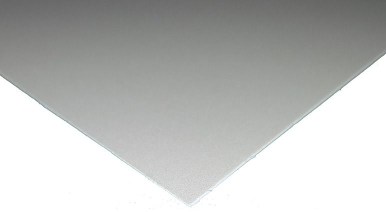 Картон для рукоделия Decoriton, набор 5 шт, толщина 1,1 мм, 50 х 70 см9098012Белый картон, крашенный в массе, толщина 1,1мм, 50х70см, 680 г/м2. Артикул: 9098012. Картон можно использовать в макетировании, как основу для поделки, скрапбукинга, фоторамок и альбомов, подходит для любых типов красок, лаковых, перманентных и любых других маркеров, декоративных гелевых ручек и всех типов карандашей.
