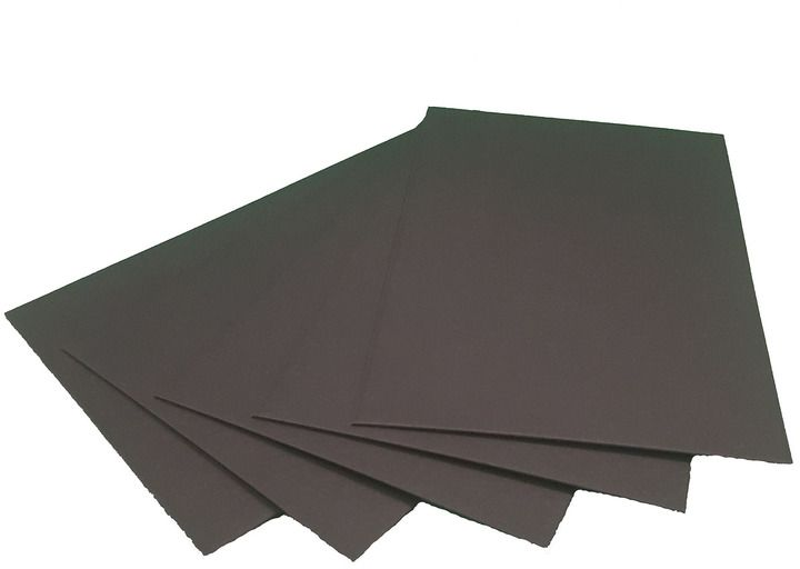 Пивной картон Decoriton, цвет: черный, 20 х 20 см, 5 шт. 90980009098000Пивной картон Decoriton, крашенный в массе, толщиной 1,25 мм, плотностью 880 г/м2. Картон можно использовать в макетировании, как основу для поделки, скрапбукинга, фоторамок и альбомов, подходит для любых типов красок, лаковых, перманентных и любых других маркеров, декоративных гелевых ручек и всех типов карандашей.