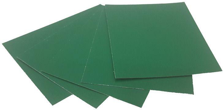 Картон дизайнерский Decoriton, цвет: зеленый, А4, 5 шт. 90970089097008Дизайнерский картон формата А4 можно использовать в макетировании, как основу для поделки, скрапбукинга, фоторамок и альбомов, подходит для любых типов красок, лаковых, перманентных и любых других маркеров, декоративных гелевых ручек и всех типов карандашей.
