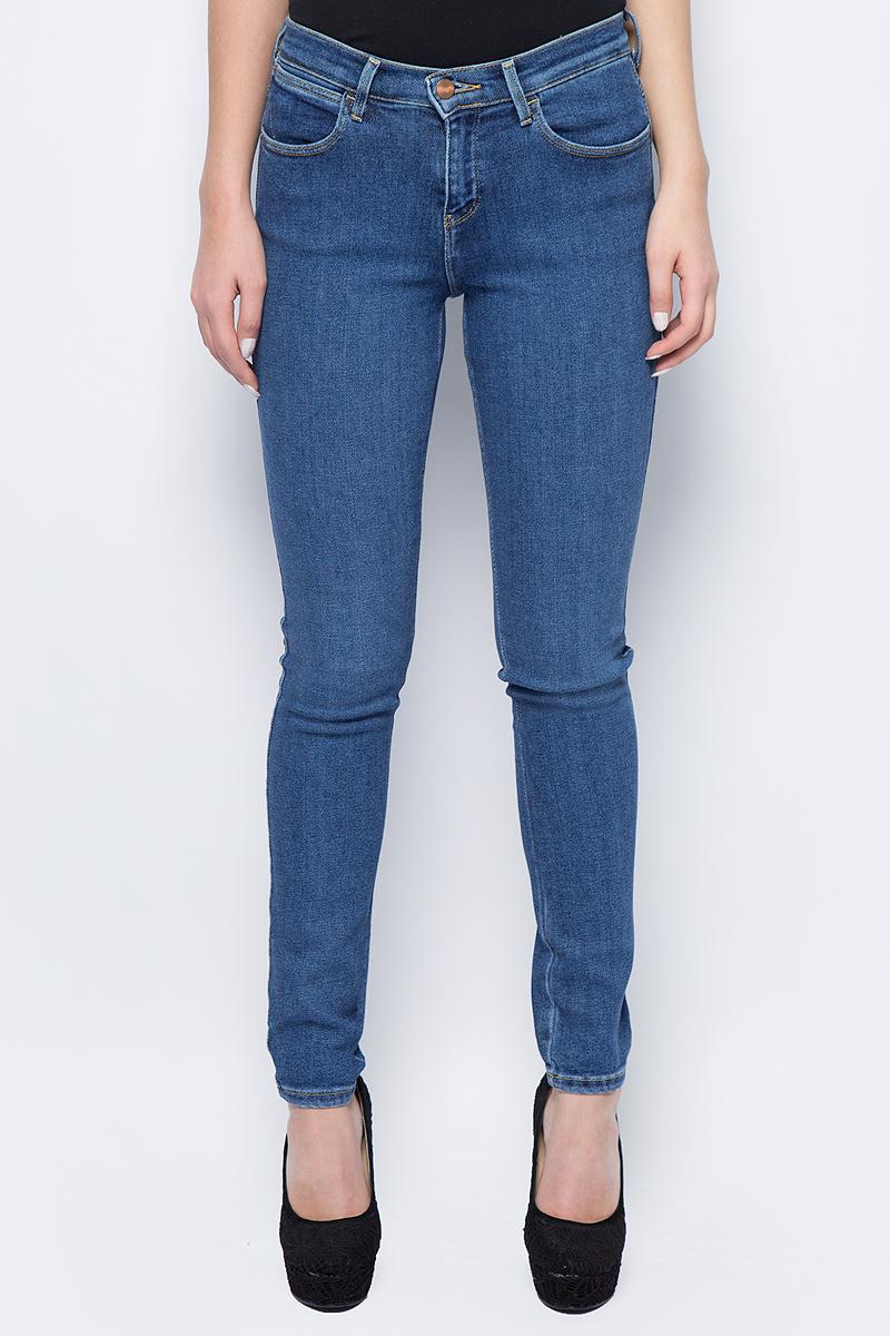 Джинсы женские Wrangler, цвет: синий. W27HCZ96N. Размер 29-32 (44/46-32) джинсы женские wrangler цвет темно синий w27hcw51l размер 29 32 44 46 32