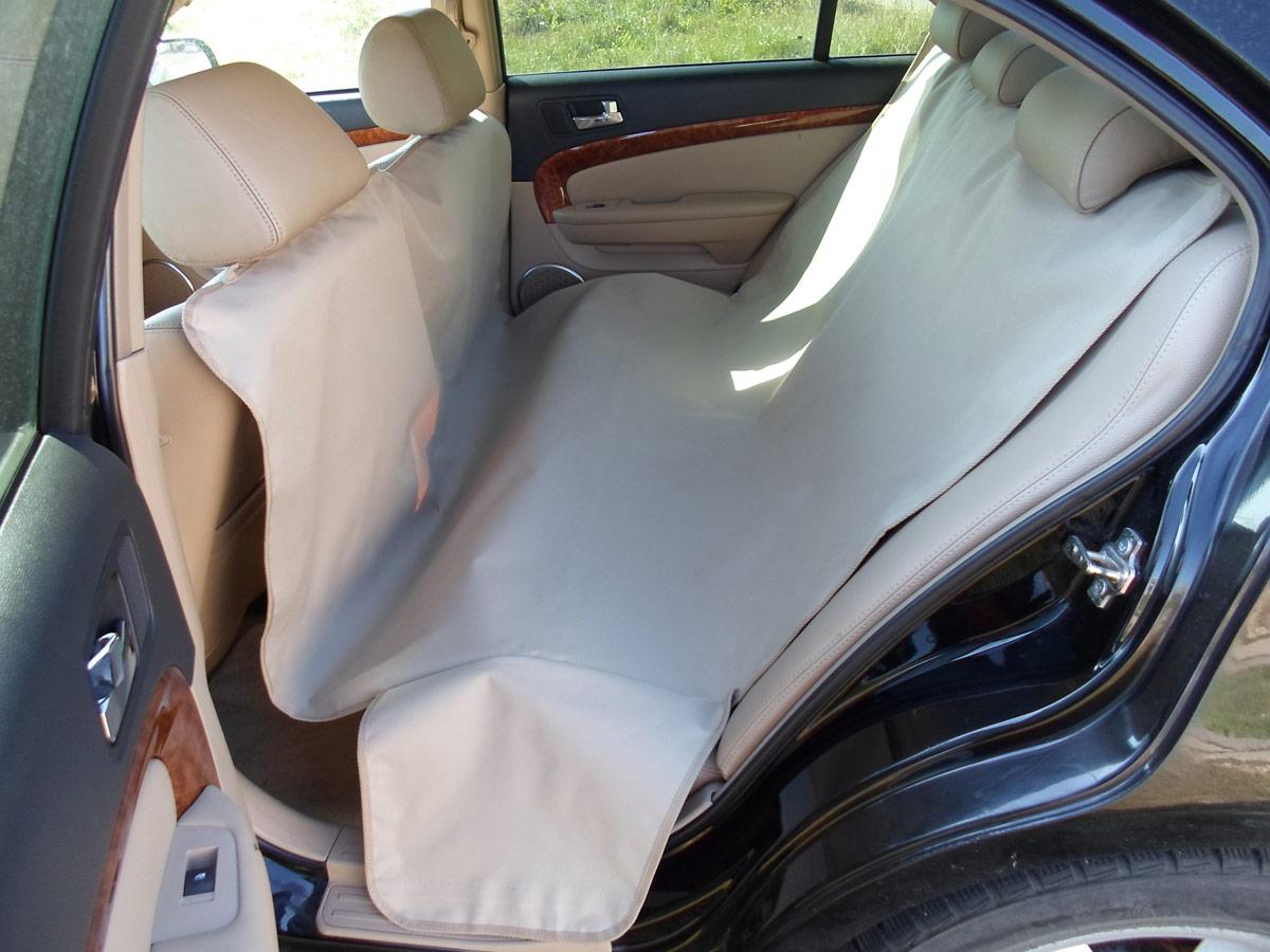Накидка защитная для животных AvtoPoryadok 2 в 1, в салон и багажник, цвет: бежевый, 165 х 100 см, размер MBS17214BeУниверсальная защитная накидка в багажник и салон автомобиля покрывает салонное и багажное отделение автомобиля. Накидка универсальная, подходит на все автомобили. Покрытие: пол, стены, спинки кресел, так же имеется дополнительная защита бампера от повреждений при погрузке/разгрузке, а также защищает ваши брюки от грязного бампера во время погрузо-разгрузочных работ. Предназначение: защита от грязи, при перевозке животных, велосипедов, дров, строительного инструмента и так далее. Очень полезна при поездках на природу, дачу, при переездах, а так же при перевозке собак.