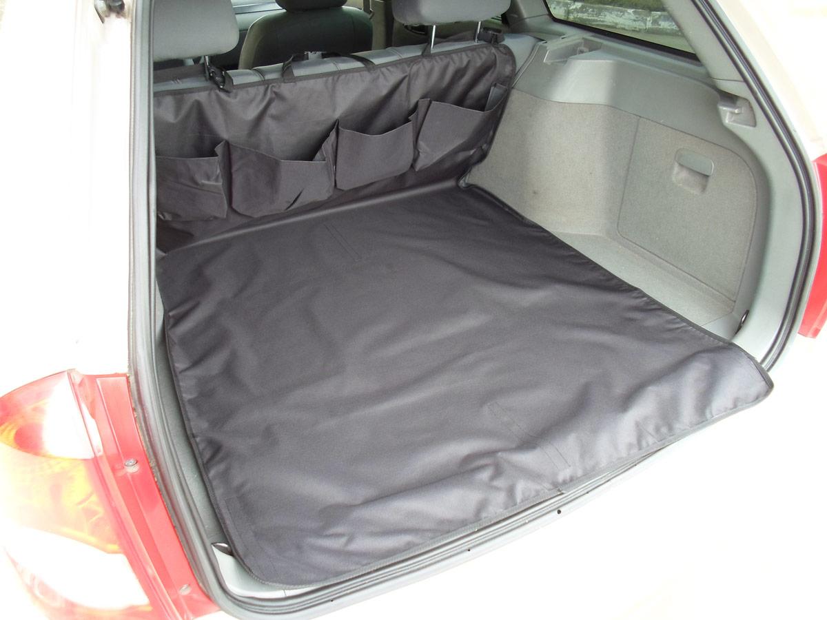 Накидка защитная для животных AvtoPoryadok, в багажник, с карманами, цвет: черный, 160 х 100 смB17200BlНакидка изготовлена из износостойкой и водонепроницаемой ткани ПВХ 600 Ден. Отлично защищает багажник автомобиля от грязи и повреждений. Ткань легко моется и стирается при 30 градусах. Удобные и вместительные карманы для всяких мелочей. Дополнительная фиксация к обивки багажника (липучка крючок). Универсальное и надежное крепление фастекс, подходящее на любой вид сидений. Очень легко устанавливается и снимается. Размер: 160 на 100 см. Производство: Россия.