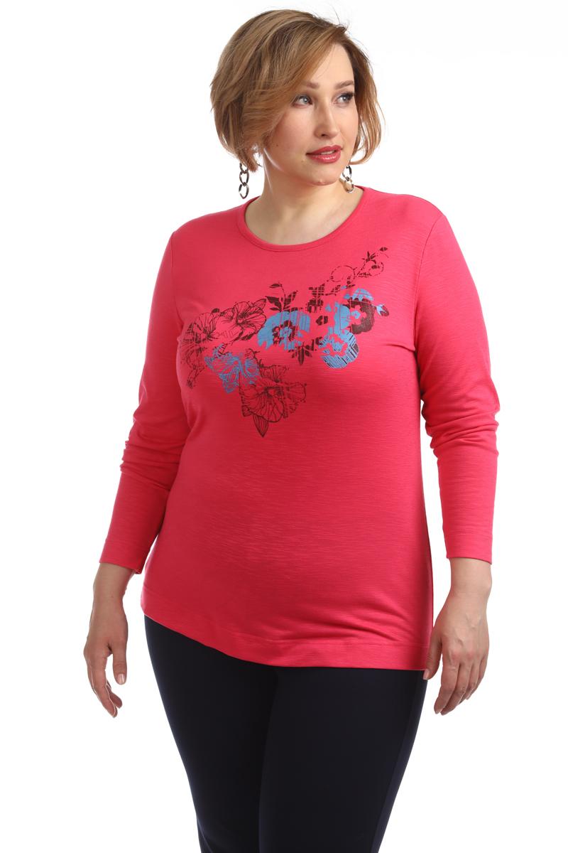 Блузка женская Averi, цвет: фуксия. 1377_052. Размер 62 (64)1377_052Трикотажная блузка по типу футболка полуприлегающего силуэта с длинным рукавом из тонкого, приятного к телу вискозного трикотажа с цветочным принтом собственной разработки. В сочетании с джинсами вы сможете создать комфортный и универсальный образ для отдыха и прогулок.