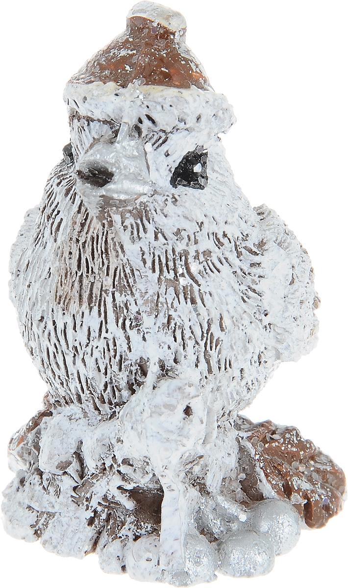 Фигурка декоративная Птичка, цвет: белый, 5 х 4 х 5 см72507Декоративная фигурка Птичка изготовлена из высококачественного полистоуна. Она позволит создать правдоподобную декорацию и почувствовать себя среди живой природы. Она прекрасно подойдет для декора интерьера загородного дома или сада и станет достойным дополнением к вашей коллекции. Вы можете поставить фигурку в любом месте, где она будет удачно смотреться и радовать глаз. Кроме того, это отличный вариант подарка для ваших близких и друзей.