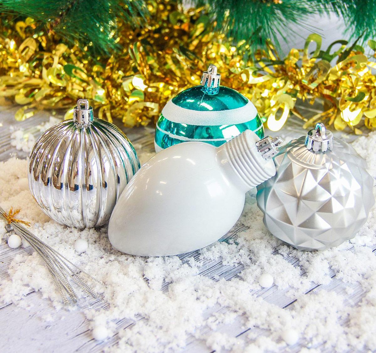 Набор новогодних подвесных украшений Sima-land, цвет: белый, зеленый, 8 шт2187030