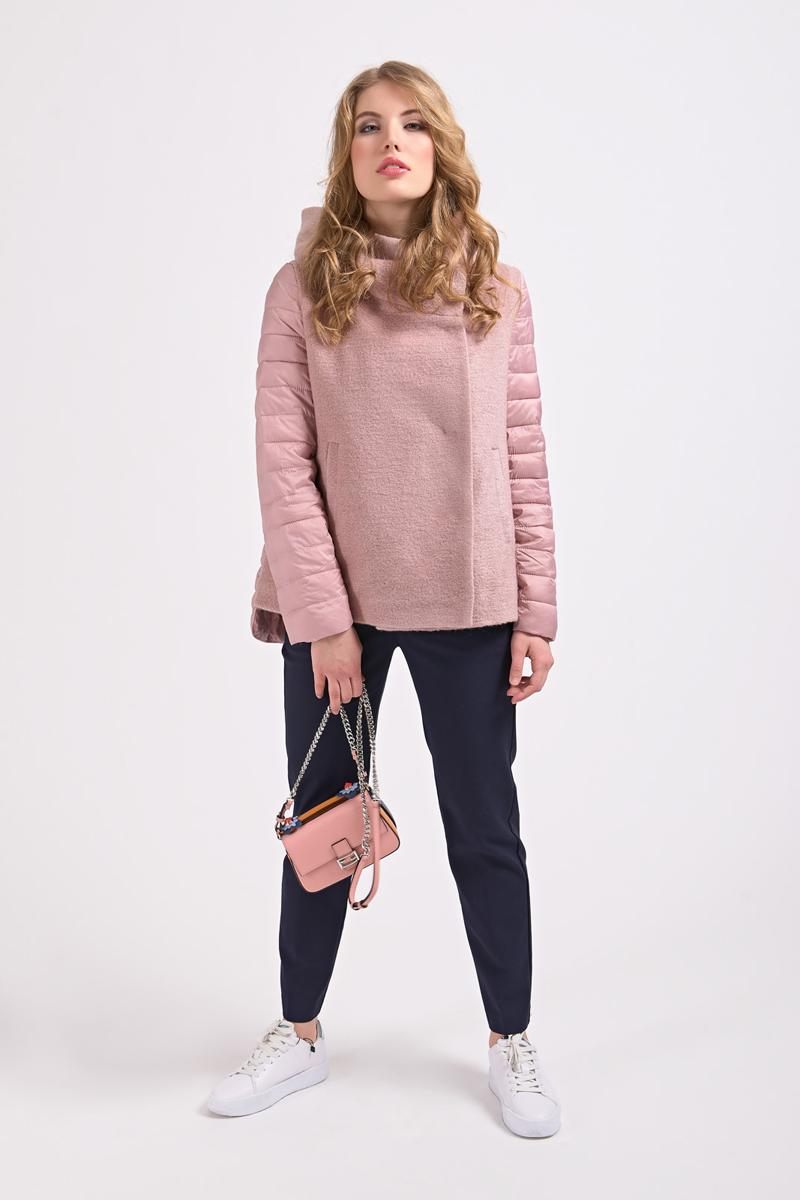 Куртка женская Elfina, цвет: розовый. 18016_D15A. Размер 4818016_D15AУтепленная женская куртка выполнена из комбинированного материала. В качестве утеплителя используется синтепон. Модель застегивается на кнопки, скрытые планкой. Изделие дополнено двумя втачными карманами.