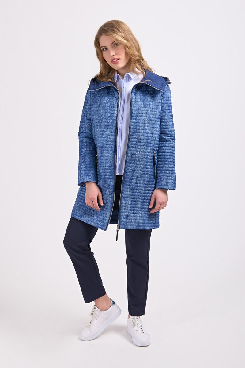 Куртка женская Elfina, цвет: темно-синий. 17221_DARK BLUE. Размер 4417221_DARK BLUEУтепленная женская куртка выполнена из непромокаемого полиэстера. Модель с капюшоном застегивается на застежку-молнию. Изделие дополнено двумя втачными карманами на молниях.