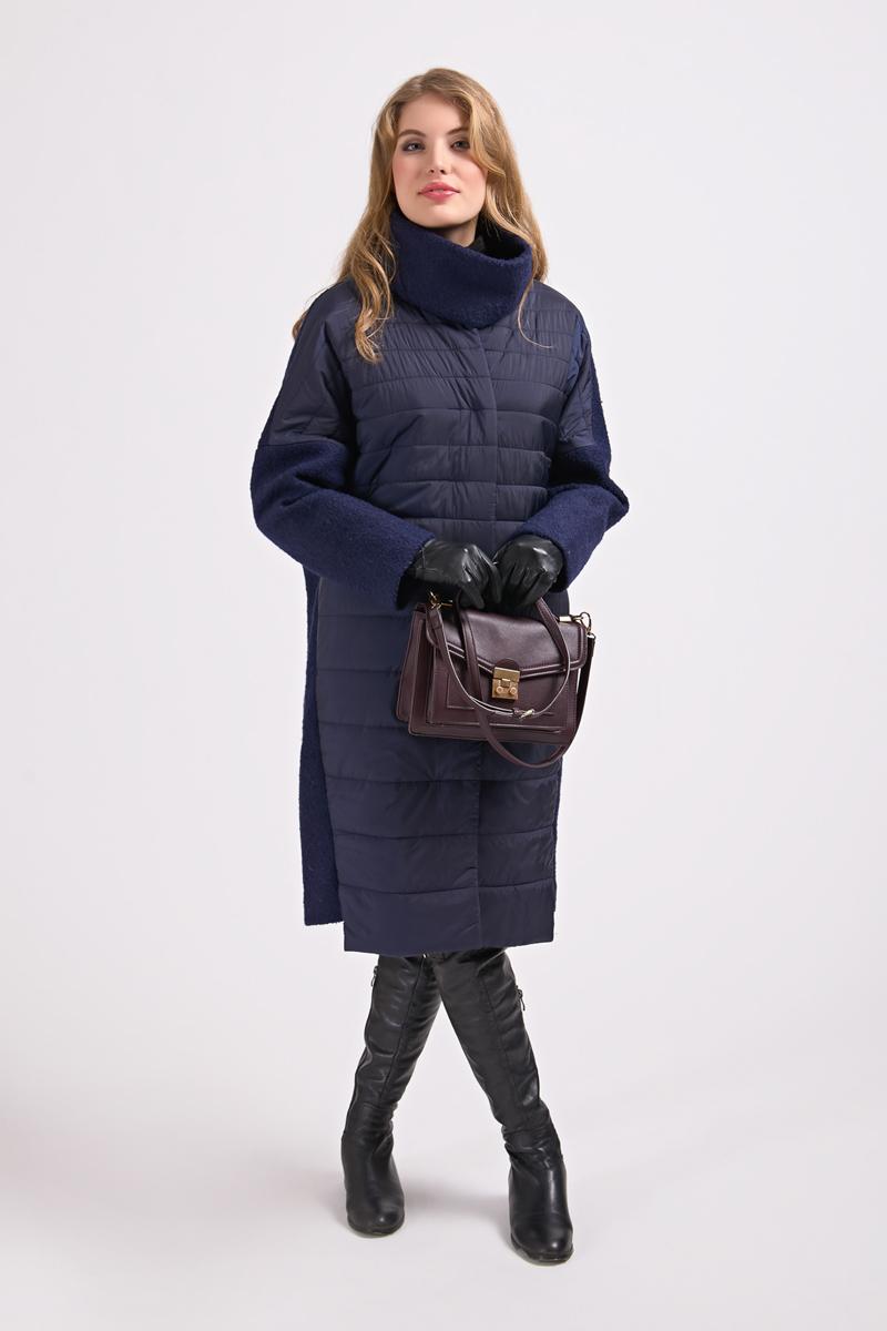 Куртка женская Elfina, цвет: темно-синий. 18010_43047. Размер 4618010_43047Длинная женская куртка выполнена из комбинированного материала на подкладке из полиэстера. В качестве утеплителя используется синтепон. Модель застегивается на кнопки, скрытые планкой.