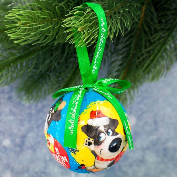 Украшение новогоднее подвесное Sima-land Веселья в Новом году, высота 8 см1961215Новогоднее подвесное украшение Sima-land, отлично подойдет для оформления новогодней елки. Подвешивается на елку с помощью специальнойтекстильной петельки. Изделие выполнено в эксклюзивном дизайне из акрила, поэтому не разобьется, даже если упадет на пол. Имеет плоскуюформу. Нарядная елочка нужна любому дому, ведь она наполняет его теплом и уютом в снежную пору. Модная и стильная игрушка станетчудесным новогодним украшением и создаст неповторимую атмосферу праздника. Подвеска на елку, это замечательный сувенир с теплымипожеланиями, который станет достойным дополнением любого подарка по случаю Нового года.