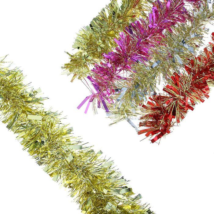 Мишура новогодняя Sima-land, цвет: сиреневый, золотистый, диаметр 9 см, длина 200 см. 702581702581_сиреневый, золотистыйМишура новогодняя Sima-land, выполненная из фольги, поможет вам украсить свой дом к предстоящим праздникам. Мишура армирована, то есть имеет проволоку внутри и способна сохранять приданную ей форму. Новогодняя елка с таким украшением станет еще наряднее. Новогодней мишурой можно украсить все, что угодно - елку, квартиру, дачу, офис - как внутри, так и снаружи. Можно сложить новогодние поздравления, буквы и цифры, мишурой можно украсить и дополнить гирлянды, можно выделить дверные колонны, оплести дверные проемы.