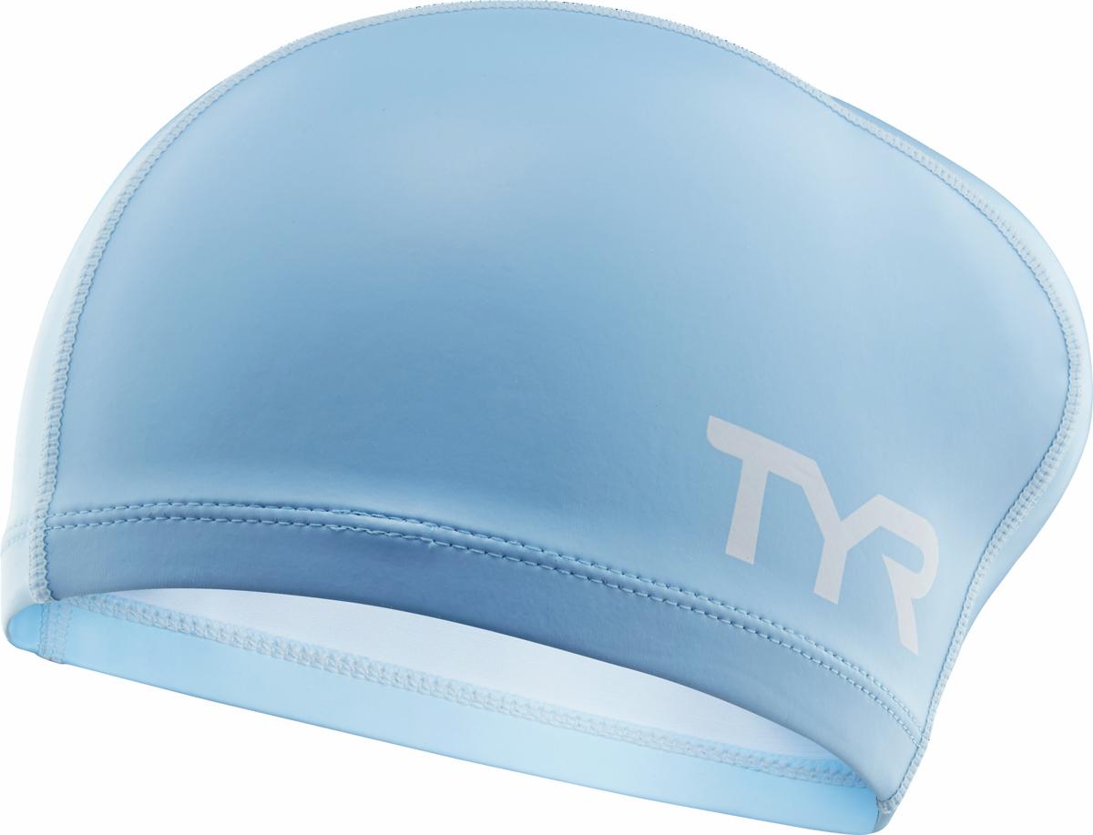 Шапочка для плавания Tyr Long Hair Silicone Comfort Swim Cap, цвет: голубой. LSCCAPLHLSCCAPLHШапочка TYR Long Hair Silicone Comfort Swim Cap сделана из полиэстера, покрытого тонким слоем силикона. Такое сочетание материалов обеспечивает защиту волос от влаги, легкое надевание шапочки, а также комфортное использование в бассейне. Шапочка сделана из трех панелей, что гарантирует точную посадку без складок. Ассиметричный дизайн шапочки специально разработан для людей с длинными волосами.