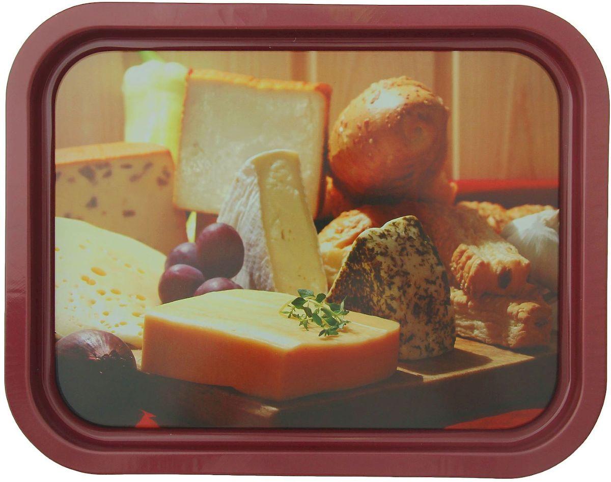 Поднос Рязанская фабрика жестяной упаковки Сыры, цвет: коричневый, 33,2 x 25,8 см1528406_коричневый/сыр с инжиромОт качества посуды зависит не только вкус еды, но и здоровье человека. Поднос - товар, соответствующий российским стандартам качества. Любой хозяйке будет приятно держать его в руках. С такой посудой и кухонной утварью приготовление еды и сервировка стола превратятся в настоящий праздник.