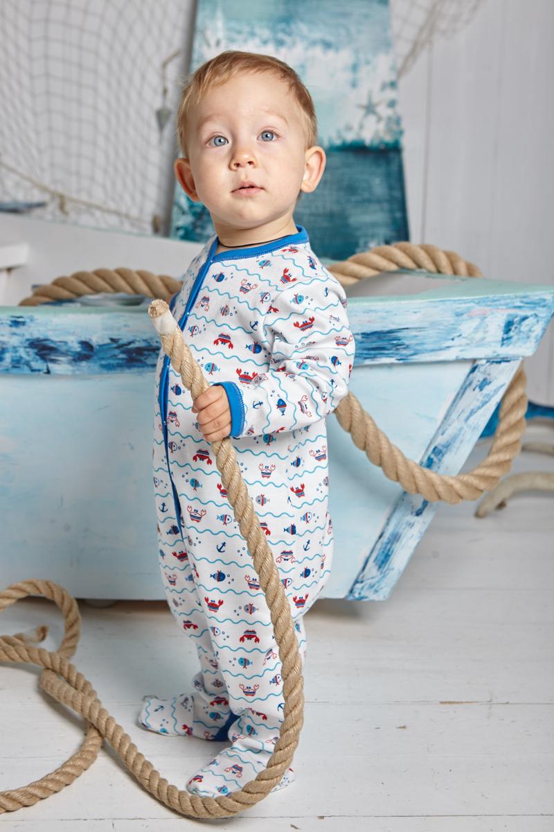 Комбинезон домашний детский Luky Child, цвет: молочный, синий. А5-103/цв. Размер 68/74А5-103/цвДетский комбинезон Lucky Child - очень удобный и практичный вид одежды для малышей. Комбинезон выполнен из натурального хлопка, благодаря чему он необычайно мягкий и приятный на ощупь, не раздражают нежную кожу ребенка и хорошо вентилируются, а эластичные швы приятны телу малыша и не препятствуют его движениям. Комбинезон с длинными рукавами и закрытыми ножками имеет застежки-кнопки, которые помогают легко переодеть младенца или сменить подгузник. С детским комбинезоном Lucky Child спинка и ножки вашего малыша всегда будут в тепле, он идеален для использования днем и незаменим ночью. Комбинезон полностью соответствует особенностям жизни младенца в ранний период, не стесняя и не ограничивая его в движениях!