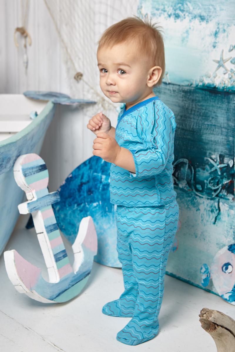 Ползунки детские Luky Child, цвет: голубой. А5-104. Размер 74/80А5-104Удобные ползунки для новорожденного Lucky Child на широком поясе послужат идеальным дополнением к гардеробу вашего малыша. Ползунки, изготовленные из натурального хлопка, необычайно мягкие и легкие, не раздражают нежную кожу ребенка и хорошо вентилируются, а эластичные швы приятны телу младенца и не препятствуют его движениям. Ползунки с закрытыми ножками благодаря мягкому эластичному поясу не сдавливают животик ребенка и не сползают, обеспечивая ему наибольший комфорт, идеально подходят для ношения с подгузником и без него. Ползунки отлично сочетаются с футболками, кофточками и боди. В них вашему малышу будет уютно и комфортно!