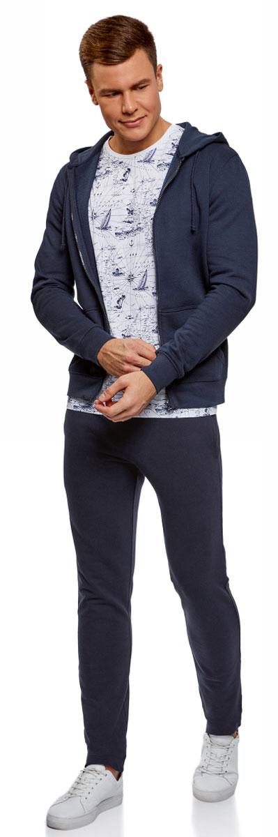 Брюки мужские oodji Basic, цвет: темно-синий. 5B230001M/47648N/7901N. Размер XS (44)5B230001M/47648N/7901NМужские брюки, выполненные из эластичного хлопка, подойду как для повседневной носки, так и для занятий спортом. Модель на талии имеет широкую эластичную резинку со шнурком-кулиской. Сзади брюки дополнены накладным карманом.