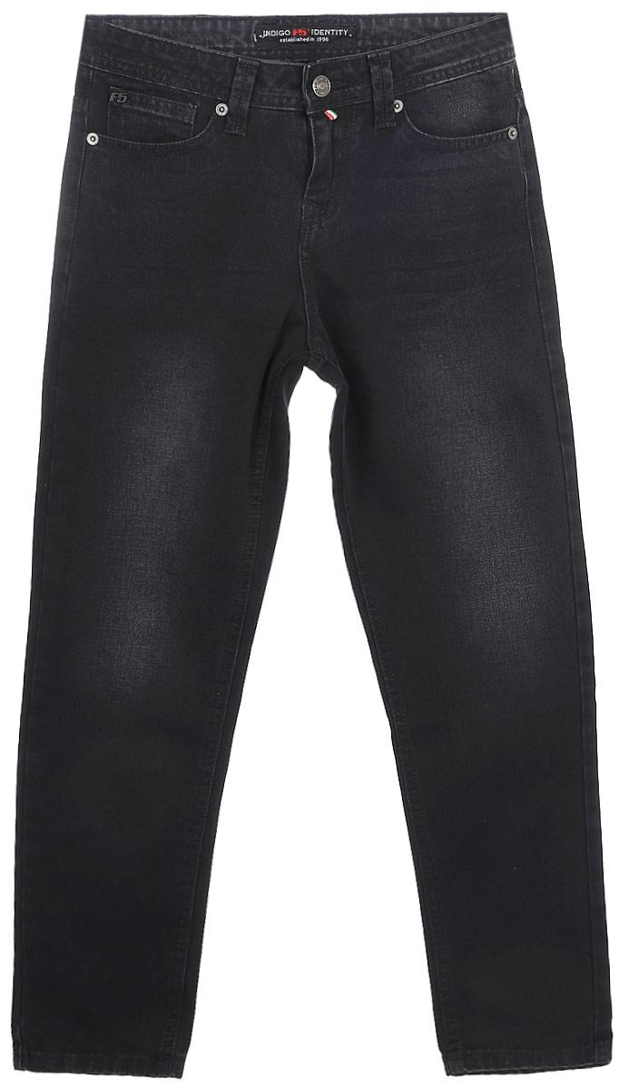 Джинсы женские F5, цвет: черный. 175115_w.dark. Размер 25-34 (40/42-34)175115_w.darkСтильные женские джинсы F5 выполнены из натурального хлопка. Джинсы застегиваются на металлическую пуговицу в поясе и ширинку на застежке-молнии, имеются шлевки для ремня. Изделие дополнено спереди двумя втачными карманами и одним маленьким накладным кармашком, а сзади - двумя накладными карманами. Оформлена модель прострочкой и сзади на поясе фирменной нашивкой.