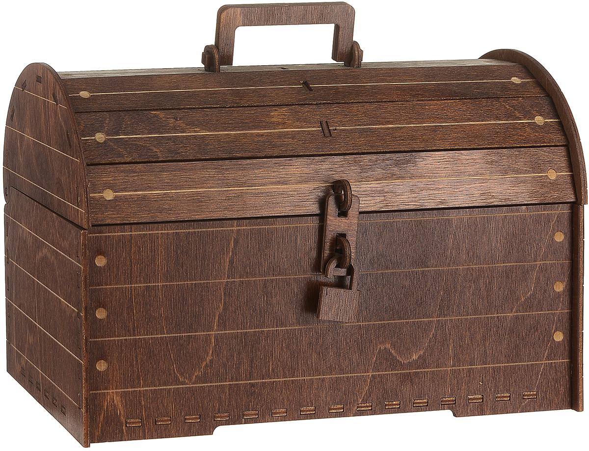 Шкатулка подарочная Пересвет Сундук деревянныйАРТ 01-SДекоративная шкатулка, выполненная из дерева в виде сундука, идеально подойдет для хранения бижутерии, принадлежностей для шитья, различных мелочей и безделушек. Шкатулка закрывается на деревянный замок. Для переноски предусмотрена ручка. Такая шкатулка станет отличным подарком человеку, ценящему необычные и стильные аксессуары.