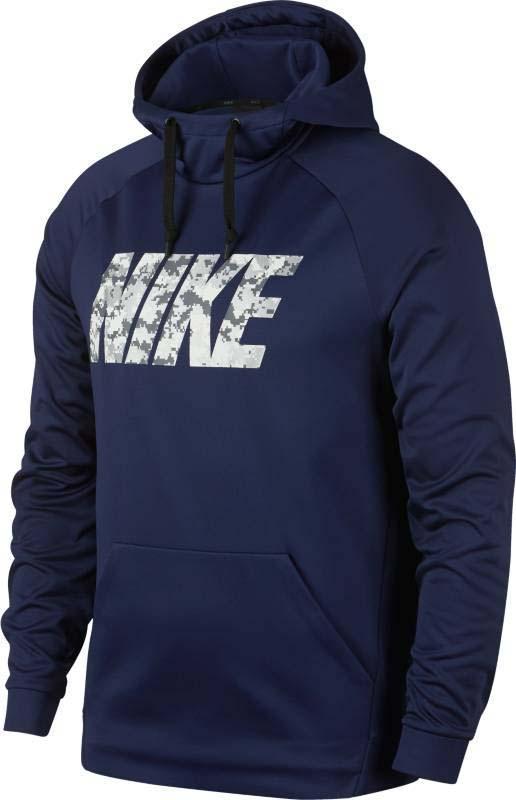 Джемпер для фитнеса мужской Nike Nk Thrma Hoodie Camo Nk, цвет: синий. 912875-429. Размер M (46/48)912875-429Мужской джемпер для тренинга Nike Therma выполнен из 100% полиэстера, который надежно защитит от непогоды. Конструкция изделия и рукава покроя реглан не стесняют движений во время занятий спортом. Ткань Nike Therma сохраняет тепло. Водолазный капюшон состоит из трех панелей с утягивающим шнурком для регулируемой защиты. Рукава Спереди модель имеет карман кенгуру для защиты рук от холода и надежного хранения мелочей. Удлиненная сзади нижняя кромка предусмотрена для дополнительной защиты. Джемпер удобно снимать и надевать через голову.