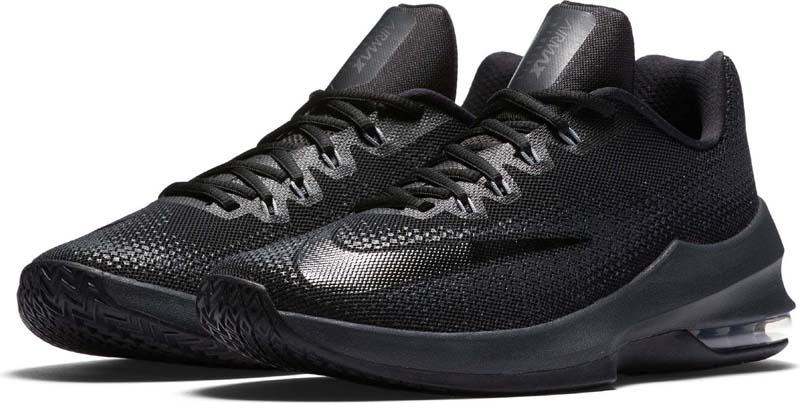 Кроссовки для баскетбола мужские Nike Air Max Infuriate Low, цвет: черный. 852457-001. Размер 12 (46,5)852457-001Мужские баскетбольные кроссовки Nike Air Max Infuriate Low обеспечивают стабилизацию и амортизацию. Полноразмерные нити Flywire надежно фиксируют стопу. Вставка Max Air на 180 градусов в пятке обеспечивает амортизацию, а подошва из материала Phylon дарит комфорт при движении. Полная вставка Max Air на 180 градусов в пятке обеспечивает защиту от ударных нагрузок. Нити Flywire обхватывают стопу для динамической фиксации и поддержки. Для принта использованы износостойкие чернила, которые создают дополнительное защитное покрытие. Завышенная база бортика с U-образным вырезом в сочетании с нитями Flywire распределяет воздействие по всей площади стопы, усиливая фиксацию. Подошва из материала Phylon обеспечивает амортизацию и стабилизацию. Резиновая зигзагообразная подметка обеспечивает сцепление с различными типами поверхности. Небольшая полость под вставкой Max Air делает верх более гибким для повышения эффективности системы Max Air.