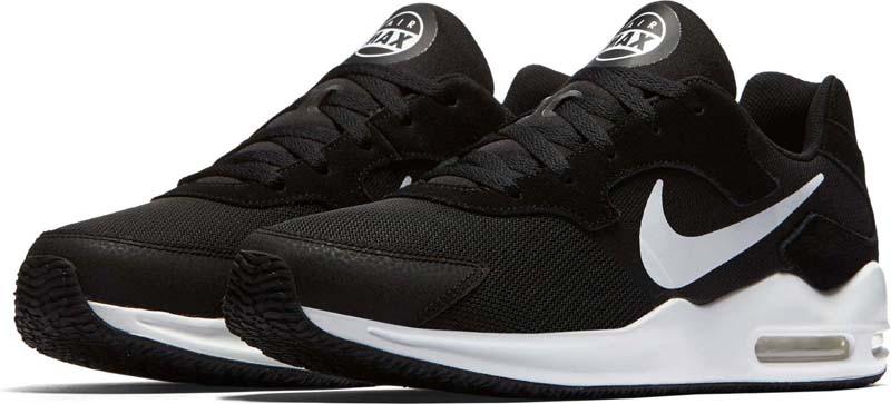 Кроссовки мужские Nike Air Max Guile Shoe, цвет: черный, белый. 916768-004. Размер 10,5 (44)916768-004Мужские кроссовки Nike Air Max Guile в ретро-стиле обеспечивают современный уровень комфорта. Минималистичный дышащий верх дополнен вставкой Tri Vis Air-Sole для мягкой амортизации и уникальным рисунком подметки в традиционном стиле Nike. Дышащий верх из замши и сетки выглядит стильно. Вставка Tri Vis Air-Sole создает амортизацию при каждом шаге. Абстрактный рисунок подметки вдохновлен рекламой Nike 90-х годов. Резина с особыми полостями для легкости и гибкости.