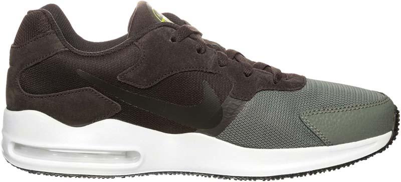Кроссовки мужские Nike Air Max Guile Shoe, цвет: черный, серый. 916768-007. Размер 9,5 (43)916768-007Мужские кроссовки Nike Air Max Guile в ретро-стиле обеспечивают современный уровень комфорта. Минималистичный дышащий верх дополнен вставкой Tri Vis Air-Sole для мягкой амортизации и уникальным рисунком подметки в традиционном стиле Nike. Дышащий верх из замши и сетки выглядит стильно. Вставка Tri Vis Air-Sole создает амортизацию при каждом шаге. Абстрактный рисунок подметки вдохновлен рекламой Nike 90-х годов. Резина с особыми полостями для легкости и гибкости.