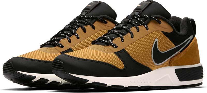Кроссовки мужские Nike Nightgazer Trail Shoe, цвет: коричневый, черный. 916775-700. Размер 9 (42)916775-700Мужские кроссовки Nike Nightgazer Trail с минималистичным дизайном в стиле 90-х выполнены с классическим верхом из баллистической сетки и замши . Флисовая подкладка защищает от холода, а резиновая подметка обеспечивает уверенное сцепление на скользких поверхностях. Баллистическая сетка на боковой части и мыске обеспечивает максимальную прочность. Флисовая подкладка защищает от холода. Язычок с ластовицей защищает от влаги и грязи, обеспечивая комфорт. Нейлоновая шнуровка по язычку напоминает модели ACG 90-х для бега по пересеченной местности. Инжектированная подошва во всю длину обеспечивает прочность и амортизацию. Резиновая подметка для надежного сцепления.