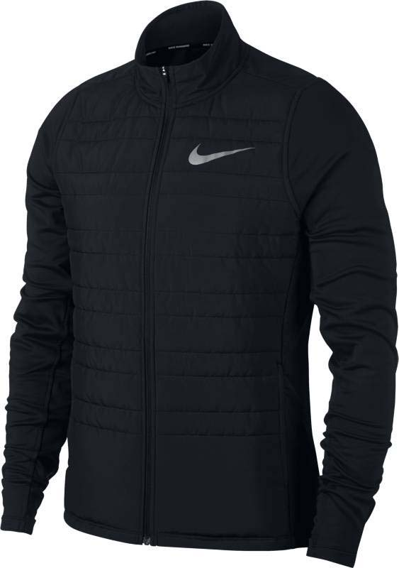 Куртка для бега мужская Nike Nk Filled Essential Jkt, цвет: черный. 856896-010. Размер M (46/48)856896-010Легкая мужская беговая куртка Nike Essential с утеплителем, размещенным с учетом анатомических особенностей, и водоотталкивающим покрытием спереди защищает от влаги во время небольшого дождя. Высокий ворот-стойка не пропускает холодный воздух. Боковые карманы на молниях - для хранения мелочей. Облегающий крой - для удобного сочетания с другой одеждой. Удобно снимать и надевать благодаря передней молнии по всей длине изделия. Удлиненная сзади изогнутая нижняя кромка для дополнительной защиты.