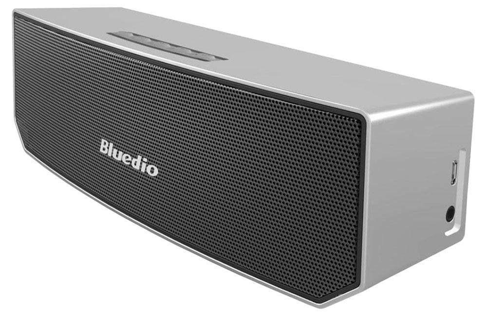 Bluedio BS-3, Silver беспроводная колонкаBS-3 silverБеспроводная колонка Bluedio BS-3 позволяет слушать вашу любимую музыку со смартфона с помощью подключения через Bluetooth, а также отвечать на звонки. Вы также можете подключить любой другой источник аудио через разъем 3,5 мм. 3D режим позволяет сделать басы намного больше. К каждому динамику добавлены 2 вспомогательных магнита, что способствует более точной передаче звуков. DSP-процессор имеет частоту дискретизации 24 бит/48 кГц, что позволяет качественно воспроизводить аудиотреки.Как выбрать портативную колонку. Статья OZON Гид