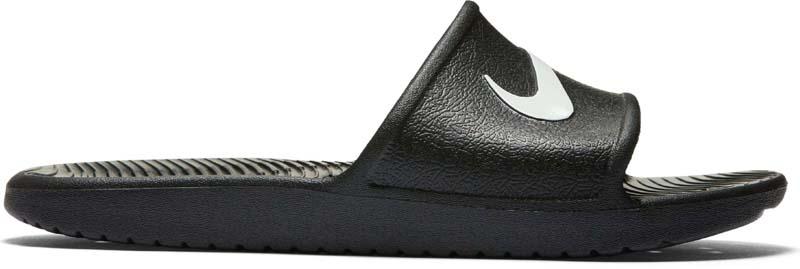 Шлепанцы мужские Nike Kawa Shower Slide, цвет: черный. 832528-001. Размер 6 (37,5)832528-001Mens Kawa Shower Slide ПЕРВОКЛАССНЫЙ КОМФОРТ И ГИБКОСТЬ. Мужские сланцы Kawa Shower с мягким синтетическим ремешком повторяют естественные движения стопы. Амортизирующая платформа выполнена из первоклассного пеноматериала с прочной легкой подметкой из пеноматериала для повышенной износоустойчивости. Волнообразные гибкие желобки по всей длине подошвы обеспечивают великолепную гибкость. Мягкий ремешок из синтетического материала повторяет естественные движения стопы. Легкая стелька из пеноматериала для мягкости и комфорта. Пластмасса на основе синтетической смолы