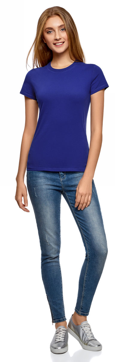 Футболка женская oodji Ultra, цвет: синий. 14701078B/48005/7500N. Размер XS (42)14701078B/48005/7500NОднотонная женская футболка, выполненная из натурального хлопка, незаменимая вещь любого гардероба. Модель с короткими рукавами и круглым вырезом горловины. Горловина дополнена трикотажной резинкой, что предотвращает деформацию при носке.