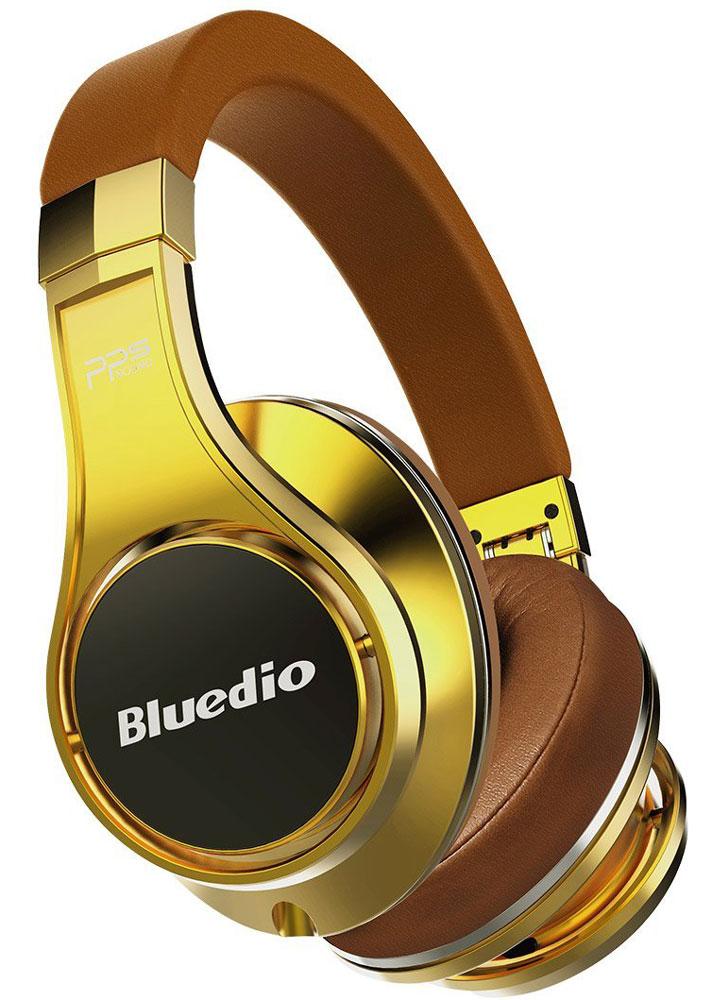 Bluedio UFO U, Gold беспроводные наушникиUFO U goldBluedio UFO U - это беспроводные наушники накладного типа с микрофоном. В модели используется эксклюзивная технология PPS8, в основе которой лежит использование сразу 8 излучателей. Наушники можно подключать к мобильным устройствам благодаря технологии Bluetooth 4.1. Гарнитура работает от встроенного аккумулятора, которого хватит на целые сутки прослушивания музыки. Удобное широкое оголовье можно регулировать, а складная конструкция позволяет хранить или перевозить наушники в чехле. При желании их можно подключить к источнику аудио с помощью комплектного кабеля с разъемом 3.5 мм. Управление функциями осуществляется с помощью кнопок, расположенных на правой чашке наушников.3D-технология звука PPS8Диаметр динамиков: 2 х 50 мм, 6 х 20 мм (в одном наушнике)Время зарядки аккумулятора: 3 часаКомплектация: наушники, аудиокабель, USB-кабель для зарядки, чехол с карабином для переноски, инструкция