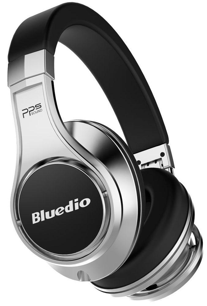 Bluedio UFO U, Silver Black беспроводные наушникиUFO U silver and blackBluedio UFO U - это беспроводные наушники накладного типа с микрофоном. В модели используется эксклюзивная технология PPS8, в основе которой лежит использование сразу 8 излучателей. Наушники можно подключать к мобильным устройствам благодаря технологии Bluetooth 4.1. Гарнитура работает от встроенного аккумулятора, которого хватит на целые сутки прослушивания музыки. Удобное широкое оголовье можно регулировать, а складная конструкция позволяет хранить или перевозить наушники в чехле. При желании их можно подключить к источнику аудио с помощью комплектного кабеля с разъемом 3.5 мм. Управление функциями осуществляется с помощью кнопок, расположенных на правой чашке наушников.3D-технология звука PPS8 Диаметр динамиков: 2 х 50 мм, 6 х 20 мм (в одном наушнике) Время зарядки аккумулятора: 3 часа