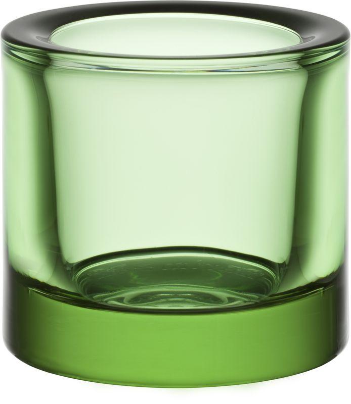 Подсвечник Iittala Kivi, цвет: зеленый, диаметр 6 см1007306Для создания этих драгоценных хранителей света требуется отличное знание о стекле. Цвет и толщина стекла обогащает и рассеивает свет свечи. Широкая цветовая гамма позволяет создать коктейль из различных цветов, создавая нужное настроение.