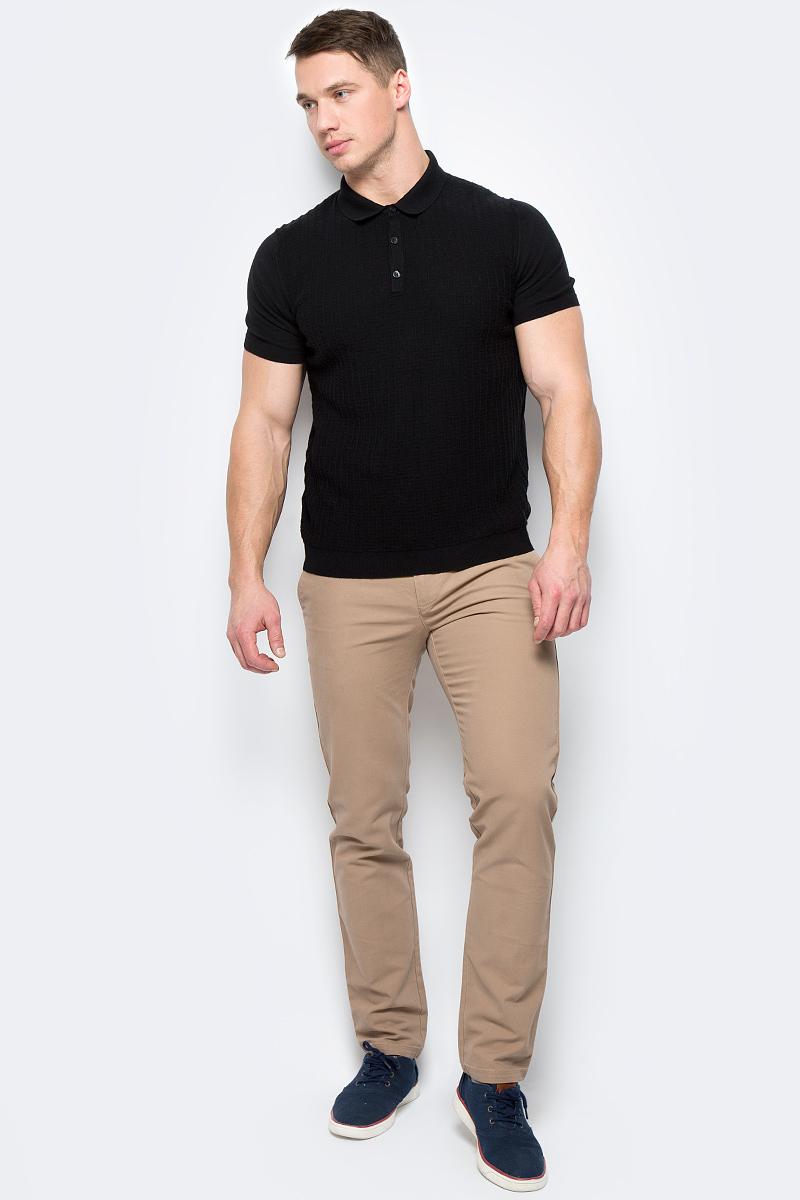 Брюки мужские United Colors of Benetton, цвет: бежевый. 4DD855BV8_901. Размер 444DD855BV8_901Стильные мужские брюки United Colors of Benetton выполнены из качественного материала. Брюки застегиваются на комбинированную застежку. Эти модные и в тоже время комфортные брюки послужат отличным дополнением к вашему гардеробу.