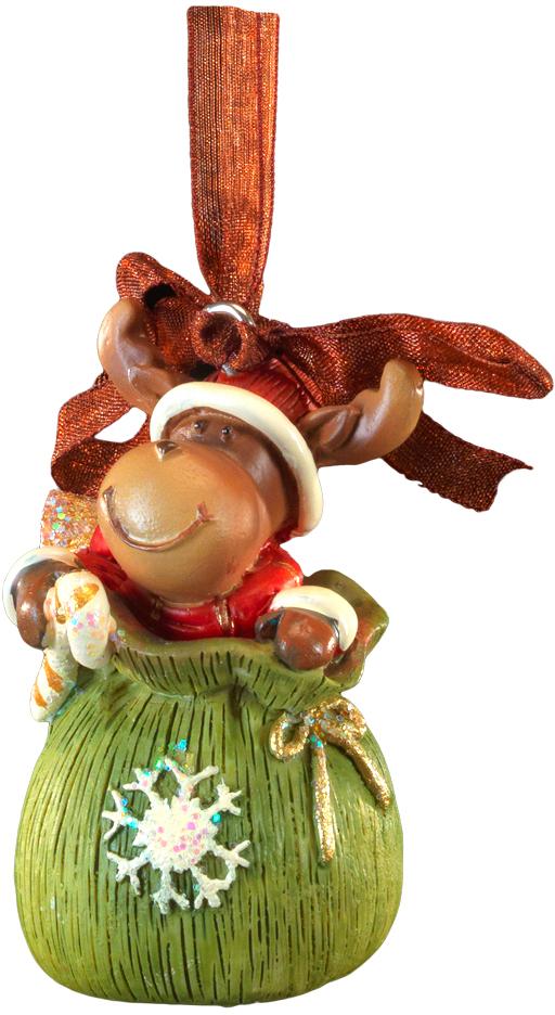 Украшение для интерьера новогоднее Erich Krause Лось в мешке, 6 см44213Маленькая фигурка лося в мешке Деда Мороза выполнена из полирезины. Подходит для декорирования небольшой ёлочки, а также в качестве очаровательного сувенира к Новому году. Изделие оснащено красивой ленточкой для подвешивания. В групповой упаковке каждое
