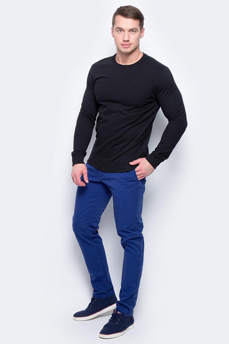 Джемпер мужской United Colors of Benetton, цвет: черный. 3J67J1F13_100. Размер XS (44/46)3J67J1F13_100Джемпер мужской United Colors of Benetton выполнен из качественного материала. Модель с круглым вырезом горловины и длинными рукавами.