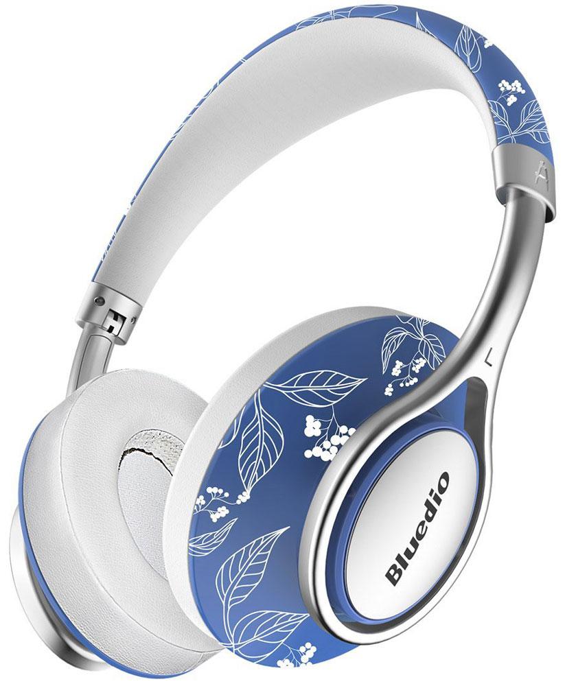Bluedio A China беспроводные наушникиA ChinaБеспроводные наушники с микрофоном Bluedio A China можно подключать к мобильным устройствам благодаря технологии Bluetooth 4.2. Гарнитура работает от встроенного аккумулятора, которого хватит на 33 часа прослушивания музыки. Удобное широкое оголовье можно регулировать, а складная конструкция позволяет хранить или перевозить наушники в чехле. При желании их можно подключить к источнику аудио с помощью комплектного кабеля с разъемом 3,5 мм. Управление функциями осуществляется с помощью кнопок, расположенных на правой чашке наушников.Функция NICAM SoundПоддержка объемного звука DSP