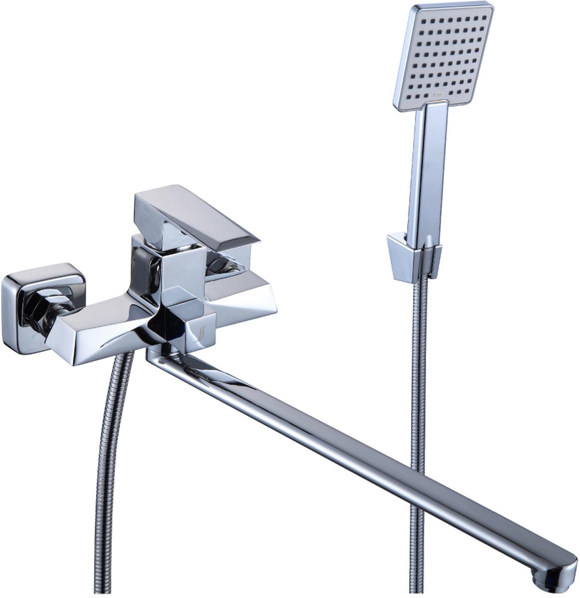 Смеситель Rossinka RS38-32, для ванны универсальныйRS38-32RS38-32. Смеситель универсальный с плоским поворотным изливом 350 мм.Комплектация:• пластиковый аэратор с функцией легкой очистки• керамический картридж 35 мм• переключатель с керамическими пластинами• аксессуары в комплекте (шланг 1,5 м, 3-функциональная лейка с функцией легкой очистки, 2-х позиционный держатель для лейки)• присоединительная группа (эксцентрики с отражателями) для вертикального крепления• металлическая рукояткаСмесители Rossinka были разработаны российским институтом «НИИ Сантехники», что позволило произвести продукт, максимально подходящий под условия эксплуатации в нашей стране (жесткая вода, частые перепады температуры и напора воды).«НИИ Сантехники» рекомендует установку смесителей Rossinka в жилых помещениях, в детских, лечебно-профилактических, дошкольных и школьных учреждениях.Наличие международного сертификата ISO 9001 гарантирует стабильность качества выпускаемой продукции.Сервисная сеть насчитывает 90 гарантийных мастерских по России и странам СНГ.Плановый срок службы смесителей 30 лет.Гарантия на смесители 7 лет.