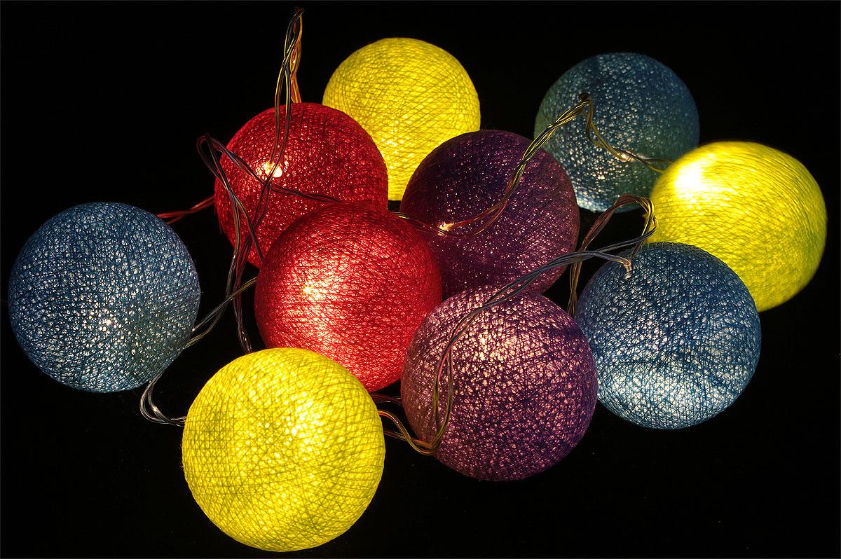 Гирлянда электрическая Гирляндус Неон, светодиодная, от сети, 10 ламп, 1,5 м4670025841276Нежная гирлянда ручной работы. Каждый шарик сделан вручную из ниток и клея, светится приятным мягким светом. Шарики хрупкие, но даже если вы их помнёте, их всегда можно выправить. Инструкция прилагается.