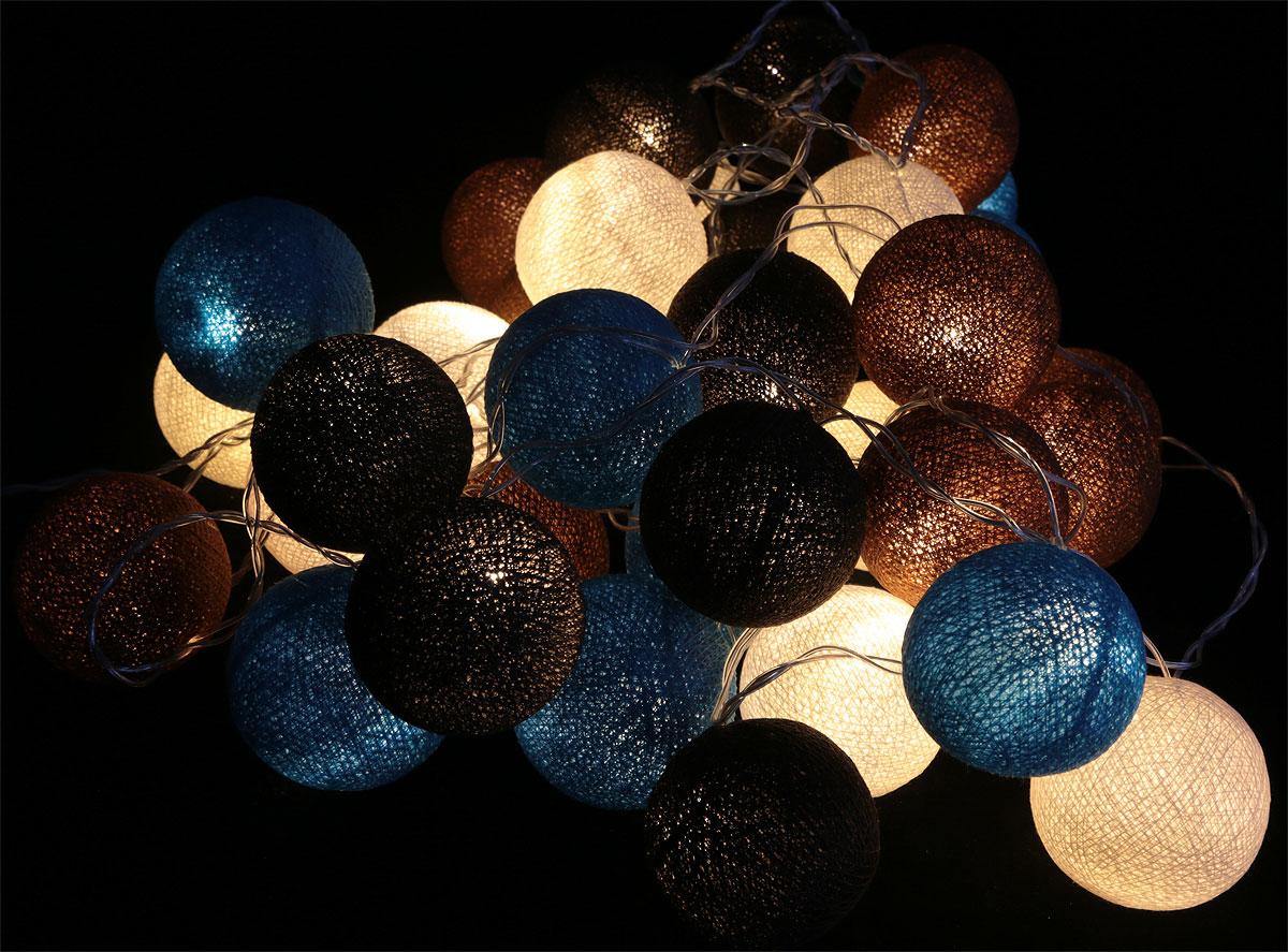 Гирлянда электрическая Гирляндус Шоколад с мятой, из ниток, LED, 220В, 36 ламп, 5 м4670025843980Нежная гирлянда ручной работы. Каждый шарик сделан вручную из ниток и клея, светится приятным мягким светом. Шарики хрупкие, но даже если вы их помнёте, их всегда можно выправить. Инструкция прилагается.Количество ламп (шариков): 36 шт.