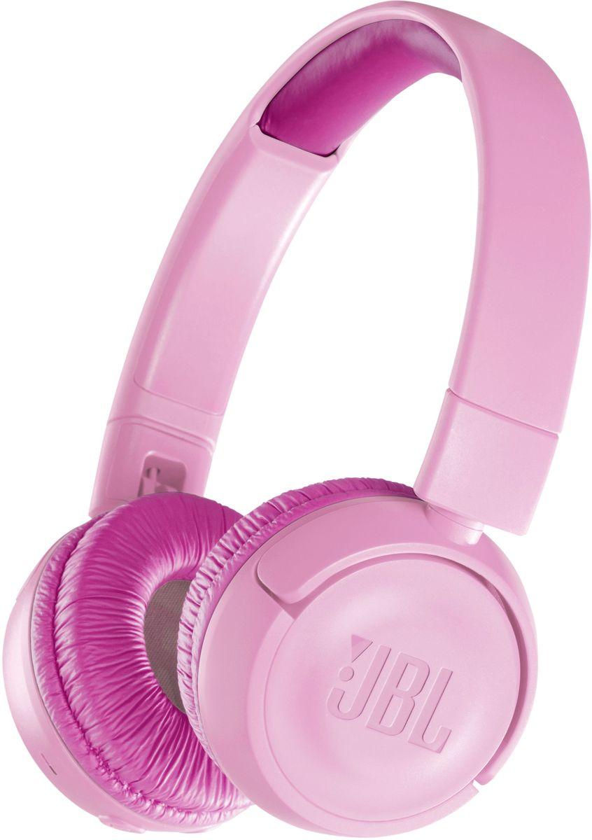 JBL JR300BT, Pink наушникиJBLJR300BTPIKБезопасные и легкие беспроводные наушники JBL JR300BT позволяют 12 часов наслаждаться легендарным звучанием JBL и подходят даже для самых маленьких музыкальных фанатов. Эти наушники следят за тем, чтобы громкость не превышала 85 дБ для защиты слуха, а удобные средства управления можно использовать без посторонней помощи. Благодаря специальным амбушюрам и обручу с мягкой подкладкой дети смогут с комфортом наслаждаться любимой музыкой. Детям также понравится возможность украсить их наушники приложенными наклейками.