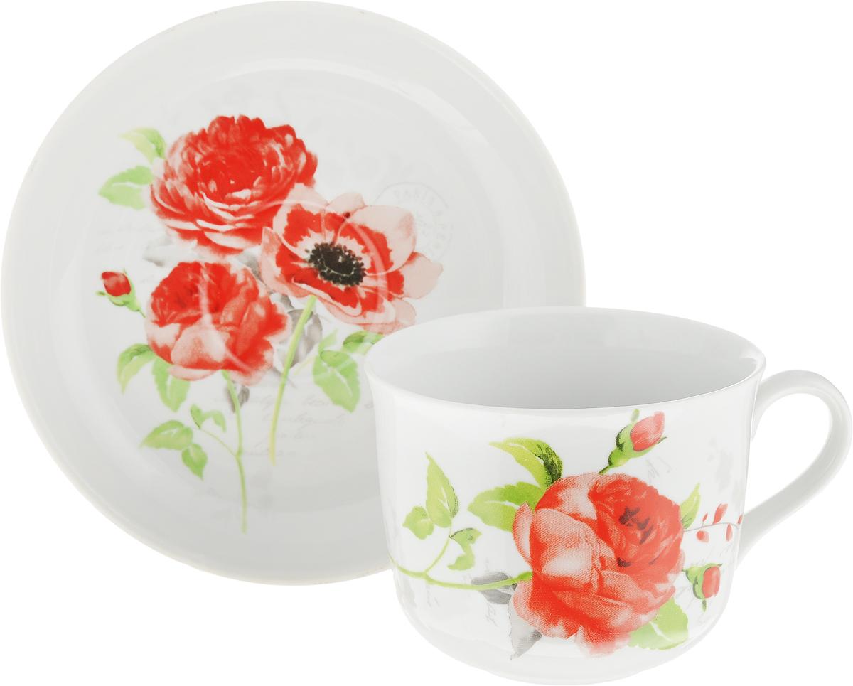 Чайная пара Дулевский Фарфор Ностальгия. Красные цветы, 2 предмета. 065682065682Чай будет еще вкуснее, если пить его из изящной фарфоровой чашки, чья красота подчеркнута блюдцем в том же стиле. Чайная пара - с яркими красивыми цветами на белом фоне - должна отличаться не только привлекательным внешним видом, но и практичностью. Вы можете пользоваться ею дома или на работе, позволяя себе немного расслабиться и освежить мысли.Дулевский фарфоровый завод - одно из самых крупных российских предприятий по производству русского фарфора, акцент в котором делается на самобытной русской росписи, народном творчестве, национальные особенности и традиции, в результате чего родился неповторимый дулевский стиль. Фарфор отличается благородной простотой, добротностью и высоким качеством.Украсьте вашу кухню чашкой с блюдцем от Дулевского фарфорового завода! И ваше рядовое чаепитие, либо обыкновенный обед превратятся в приятную церемонию, которую захочется повторить снова и снова.