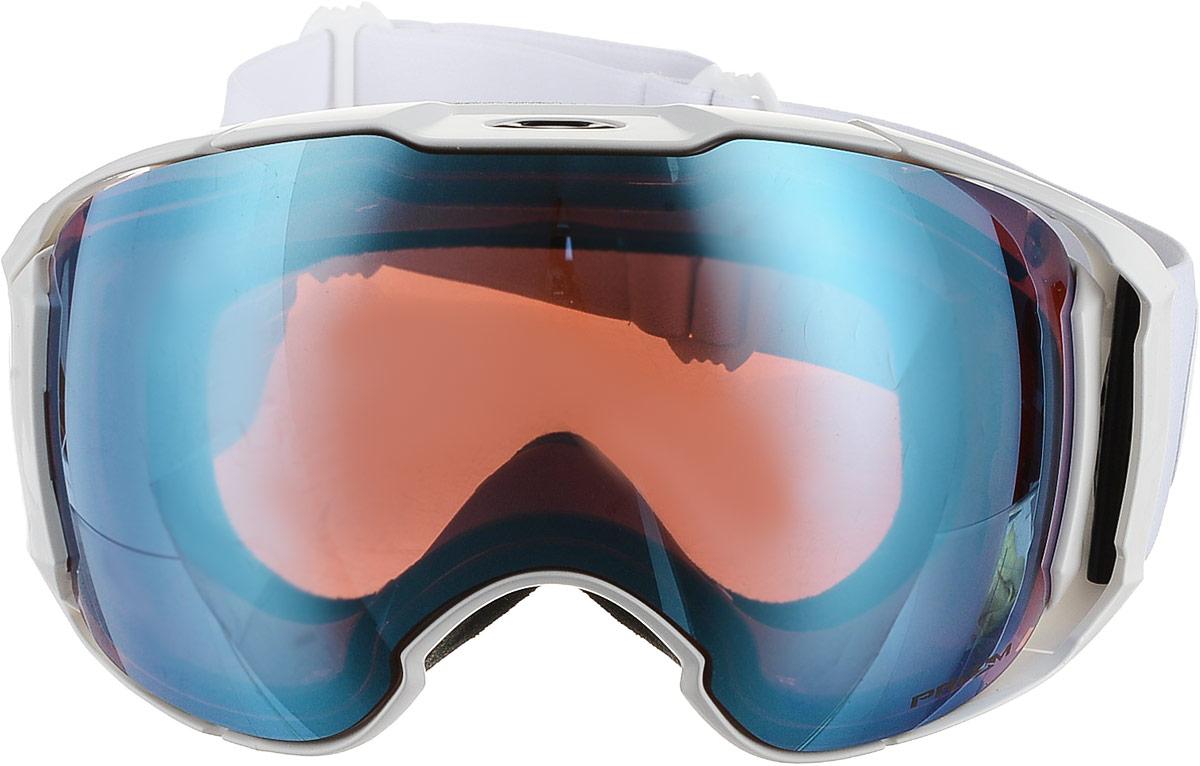 Маска горнолыжная Oakley Airbrake XL, цвет: черный0OO7071-70711001Горнолыжная маска Oakley Airbrake XL оптимально подходит для крупного типа лиц. Особая геометрия оправы гарантирует комфорт в течение всего дня. Твердая фронтовая часть устраняет давление на лицо в области носа, гибкая часть из материала O Matter обеспечивает плотное прилегание маски к лицу. Подкладка из флиса делает маску еще более удобной. Фирменная система соединения оправы со стрэпом предназначена для равномерного распределения давления на лицо. Линзы из поликарбоната с технологией PRIZM обеспечивают 100% защиту от ультрафиолетовых лучей и улучшенную контрастность.Технология Switchlock используется для быстрой и простой смены линз. Маска совместима с большинством горнолыжных шлемов.
